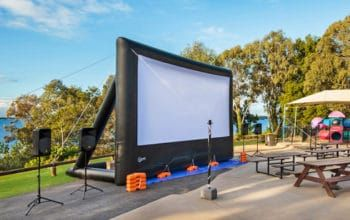 outdoor cinema system for up to 600 guests