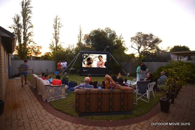 How to add backyard movies to your successful party hire business