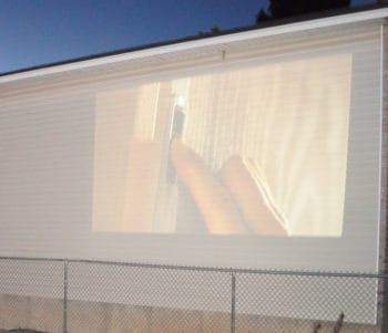 projecting to the wall
